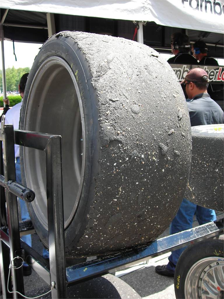 RACING TIRED TIRE
