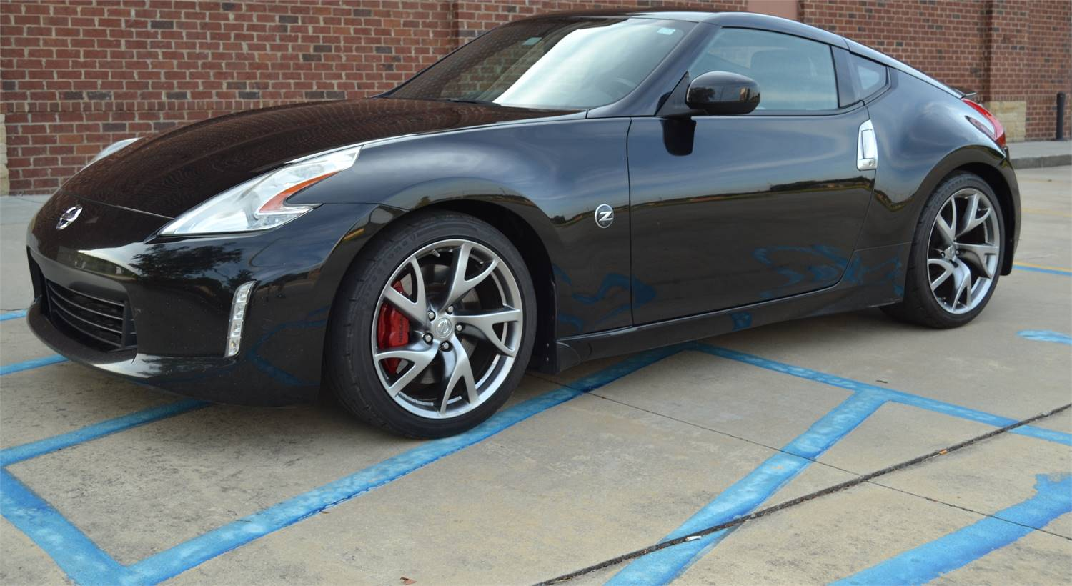 FOR SALE 2013 Nissan 370Z Touring w/Sport Package & Navigation