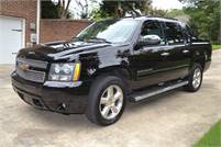 2013 Chevrolet Avalanche Black Diamond Edition LT  $17500